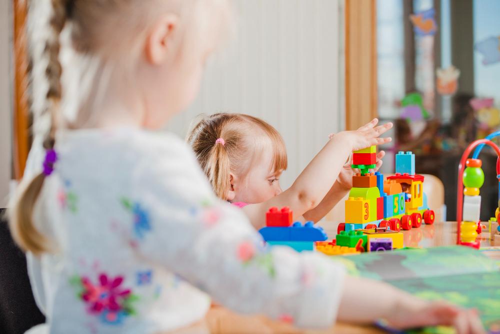 Préparer la venue de bébé : choisir le mode de garde
